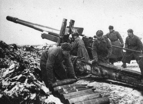 Артиллерия – бог войны: 19 ноября «пушкари» отмечают свой праздник