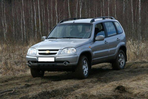 Качество также будет хромать? Chevrolet Niva до конца года перейдет под «крыло» бренда LADA