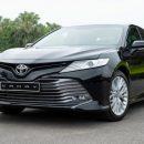 Особенность конструкции, или кирпич в подарок: «Коробка» Toyota Camry XV70 вновь «делает нервы»